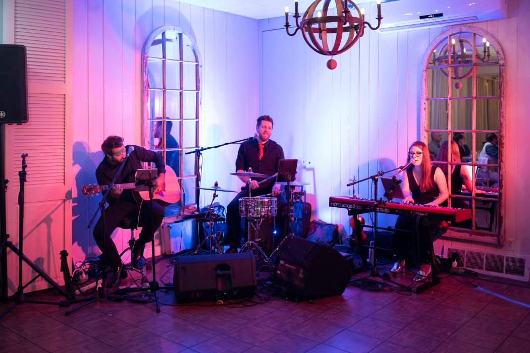 Acoustik Twist - Band pour evenements corporatifs